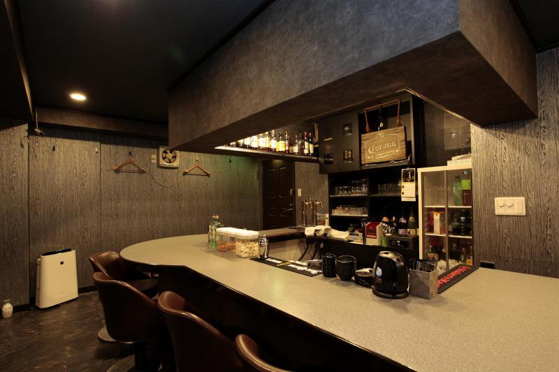 ガールズバー・Girls Bar Licht