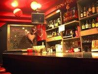 ガールズバー・Bar Bomber