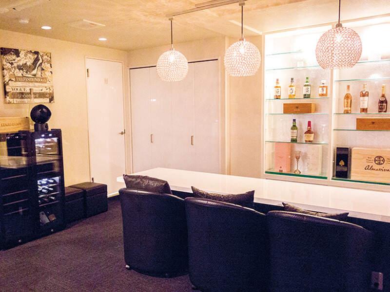 ・Lounge 彩